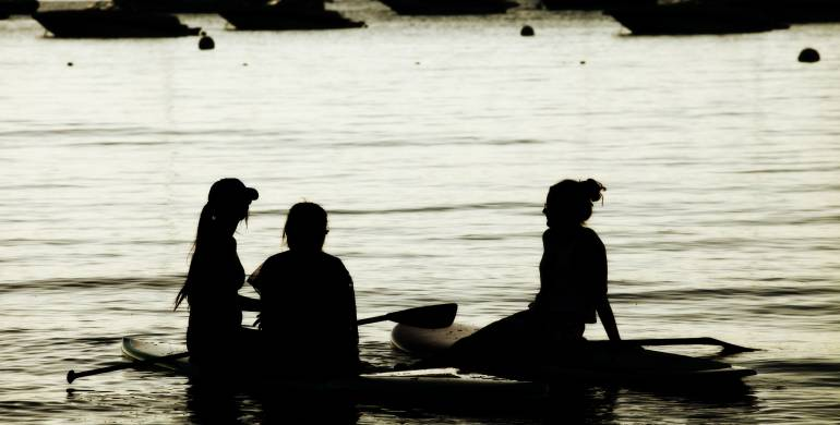 Beginner Group Paddle Board Instruction